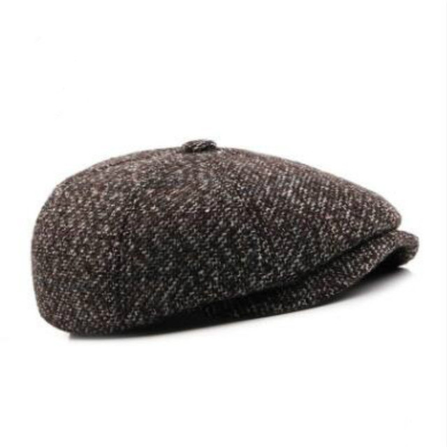Gorra plana de invierno para hombres viejos al aire libre gruesa cálida  oreja de boina para 42e555c06f3