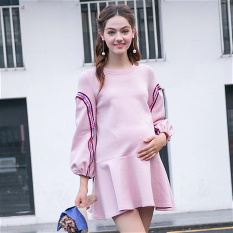 Maternity wear autumn new long-sleeved shirt ruffled hem a word dress solid color long round neck dress купить в Москве 2019