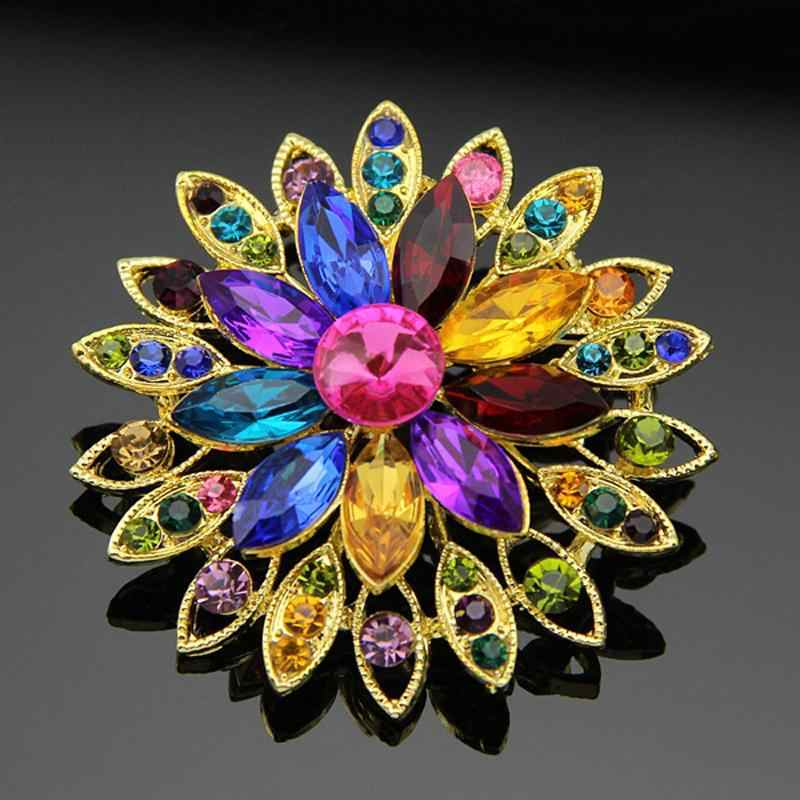 Elegant Colourful and Blue Beautiful Daisy with Crystal Rhinestone Brooches for Women Brooch Pins Jewelry Accessories 5.4 cm