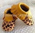100 pares Nuevo leopardo del pelo del Caballo Genuino borla mocasines de Cuero Del Niño Del bebé zapatos de bebé Primeros Caminante antideslizante Infantil zapatos