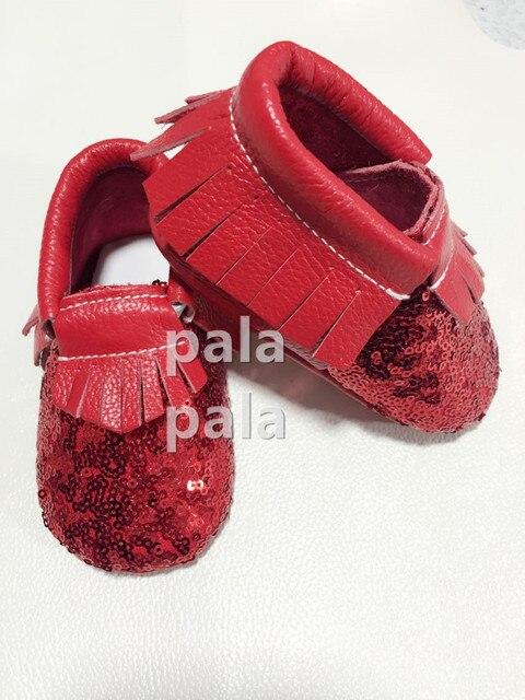 Новый Прибыл 10 пар/лот Натуральная кожа детские мокасины красные блестки мягкой подошвой Впервые Уокер Детская Одежда обувь Prewalker Бесплатная Доставка Ems