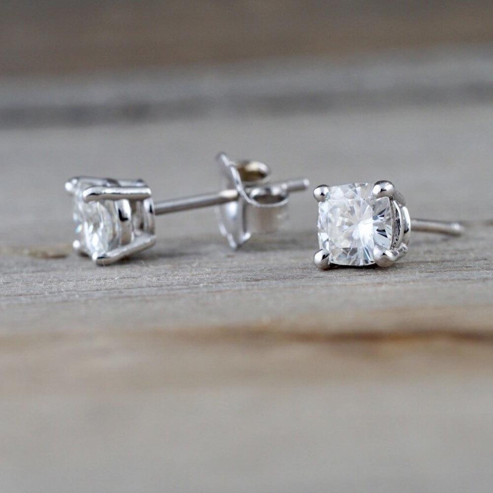 1.0 cttw Rond Taille Brillant Moissanite Boucles D'oreilles Pour Les Femmes Solide 14 K Or Blanc Fine Jewelry