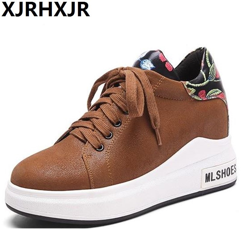 XJRHXJR Brand Women Flat Platform Brogue Shoes Leather Lace up Round Toe Ladies Sneakers Oxford Creepers Casual Shoes Fashion стоимость