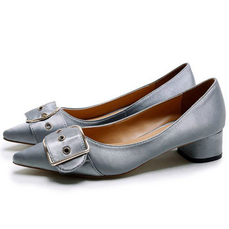 ФОТО mature style women high quality satin cloth pumps 2017 black gray low square heels buckle pig leather liner fashion office shoes