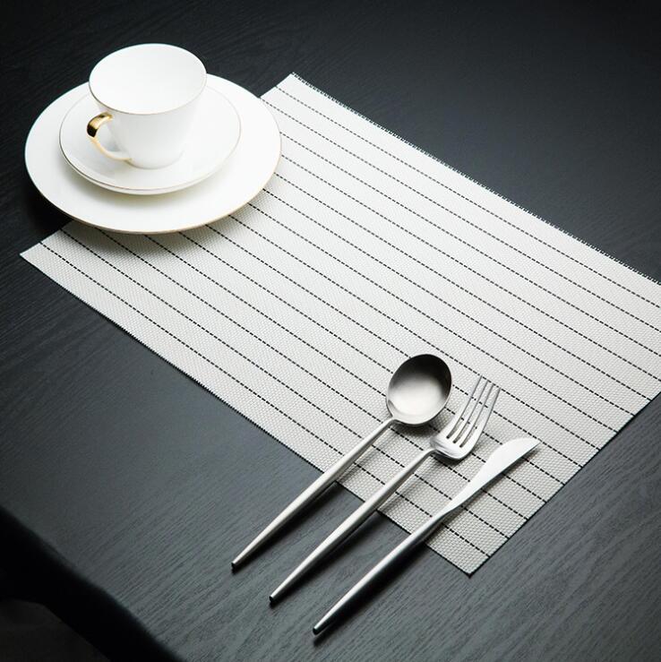 Fyjafon 2/4/6pieces Kitchen Table Mats Set Heat Protection