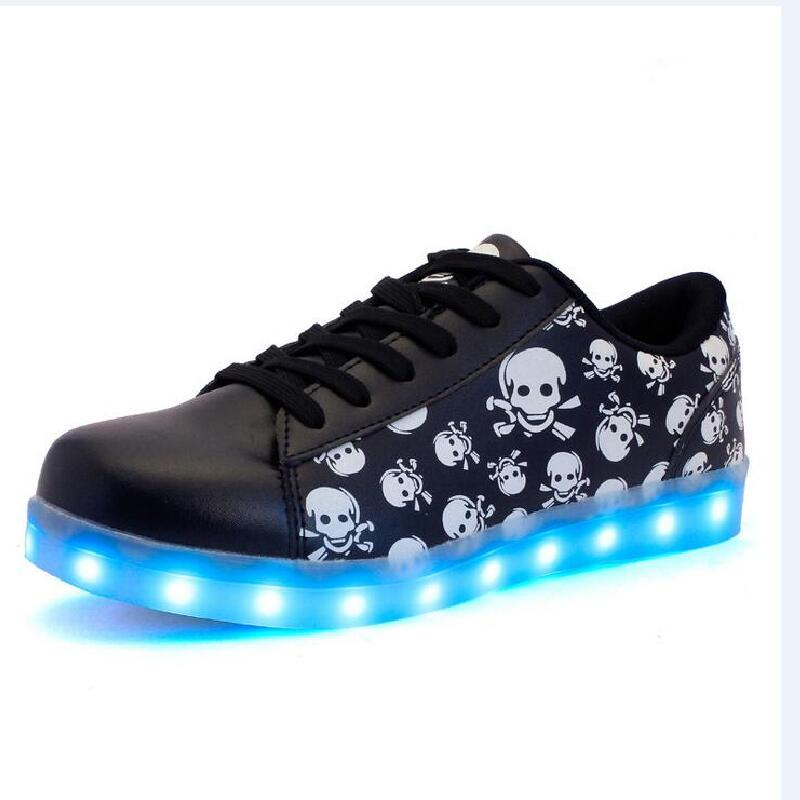 Skull print kids LED shoes boys girls colorful LED luminous shoes children outdoor sport shoes kids USB recharable shoes