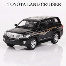 Car Models 1:32 Toyota LAND CRUISER Vehicles Alloy Car Toys For Children Model Simulation Diecast Pull Back Sound Light 3 Colors