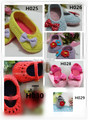 mix model Crochet Baby Booties   for 0-12months baby