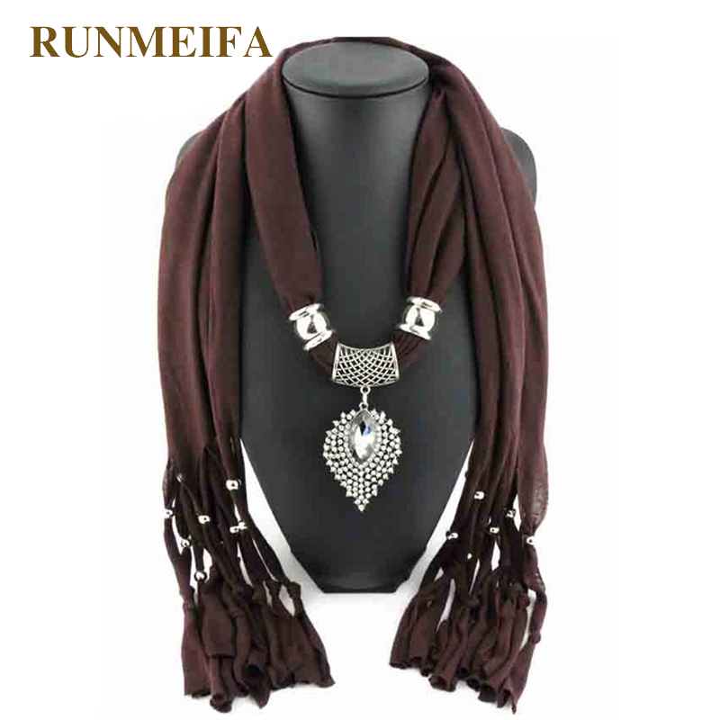 [RUNMEIFA] 2018 Lureme New Fashion Design Jewelry Oval Diamond Pendant Scarf Women Winter Cotton Jersey Scarves Necklace Scarf