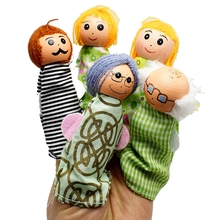 5pcs/lot Wood and Cloth The Happy Family Fairy Tale Story Finger Puppet Set Children Telling Helper Dolls