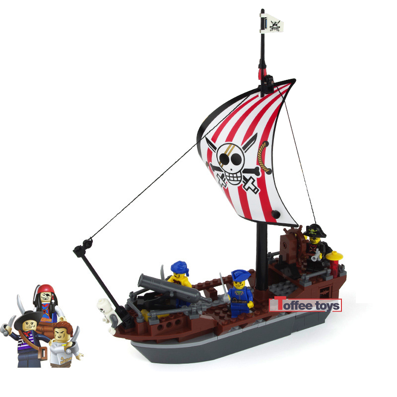 197pcs Pirate Ship Blocks Preventer Building Bricks Blocks Children DIY Educational Toy Boy Gift Mini  Figures Brick K0267-30003 xipoo 6 in 1 blue military ship diy model building blocks bricks sets educational gift toys for children boy friends