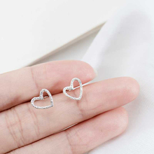 LNRRABC new Free Shipping 1Pair Unique 2018 Silvery Handmade Dull Polish Hollow Heart Stud Earrings Hot Sale Allergy earrs