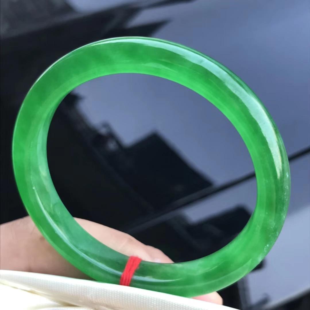 Only One ! 55MM  Certified (Grade A)100% Natural Green Jadeite JADE Bracelet Women Bangle 72704