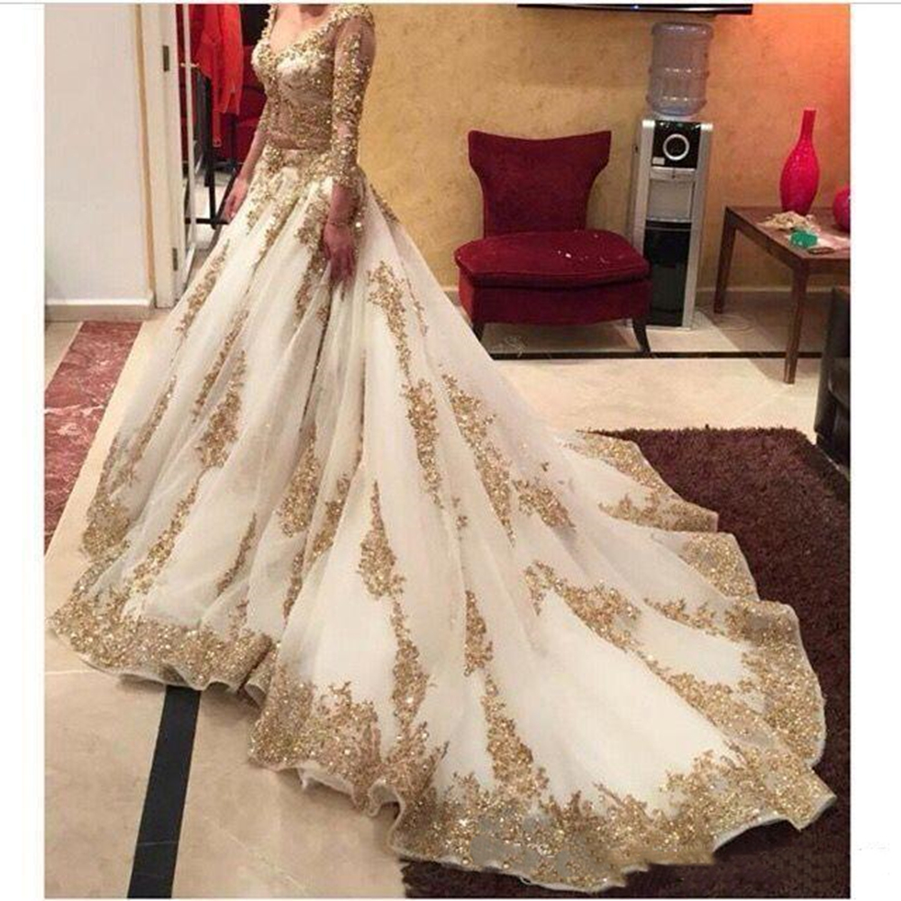 V-neck Long Sleeve Arabic Evening   Dresses   Gold Appliques embellished with Bling Sequins 2019 Sweep Train   Prom     Dresses