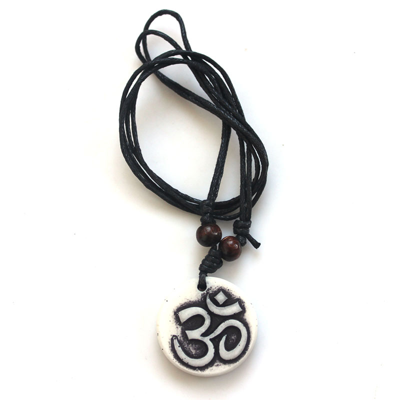 10pcs Fashion Jewelry Fashion Necklace Ohm Symbol Om Yoga Necklace Pendants Imitation Yak Bone Carved Men Women Necklace Jewelry