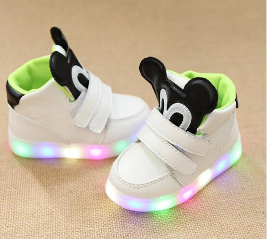2018 European cute excellent LED lighting children casual shoes high quality fashion baby girls boys shoes cool kids sneakers цена