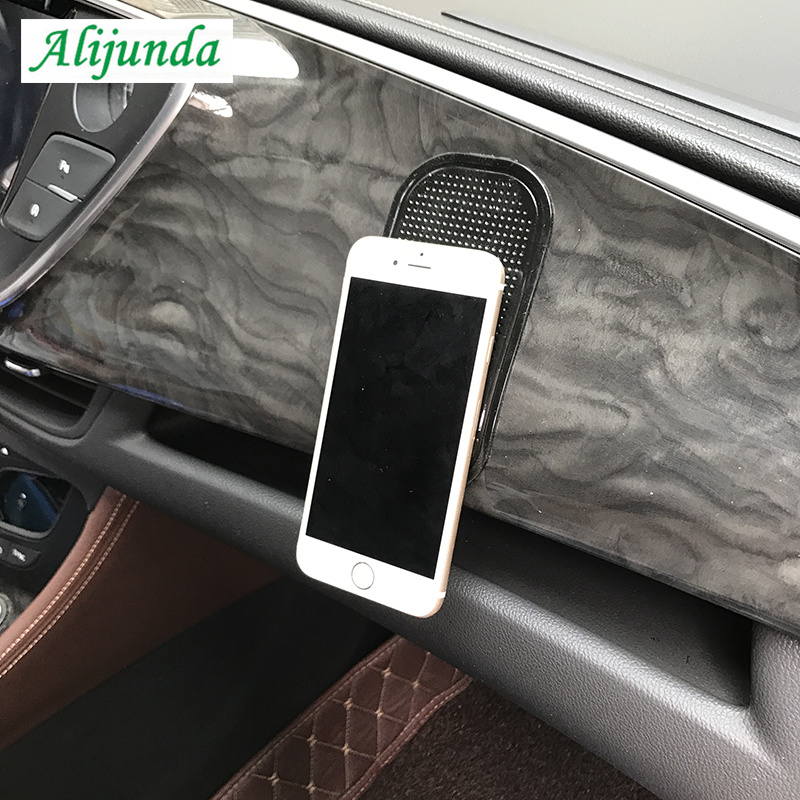 Magic PU mat, super sticky, holds any phone/gadget FOR Volkswagen Skoda Octavia Fabia Rapid Superb Yeti Roomster