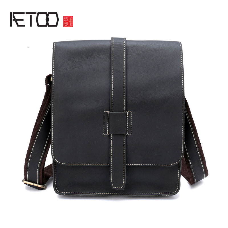 AETOO Crazy Horseskin man bag vertical section shoulder bag retro first layer leather Messenger bag casual personality shoulder korean version of the first layer of leather vertical section square shoulder messenger bag in the bag fashion casual tassel lea