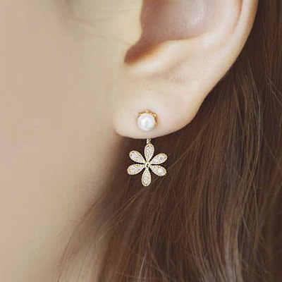 Nuevos Pendientes de perlas simuladas a la moda, Pendientes de tuerca con diseño de alas de Ángel, flores y plumas para mujer, joyería de boda