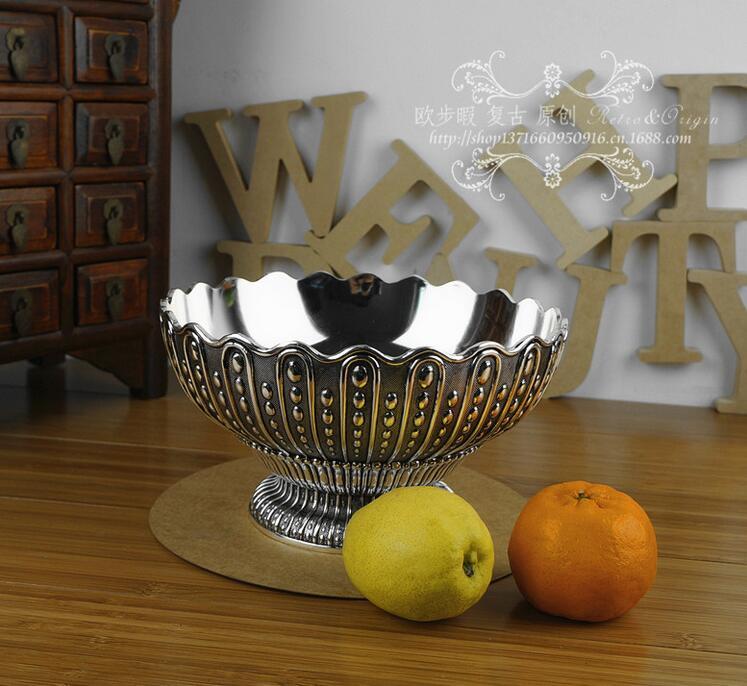 Européen classique rond floral en relief en métal plateau de fruits plateau de stockage de sucre argent décoratif fruit bol fer plateau SG093