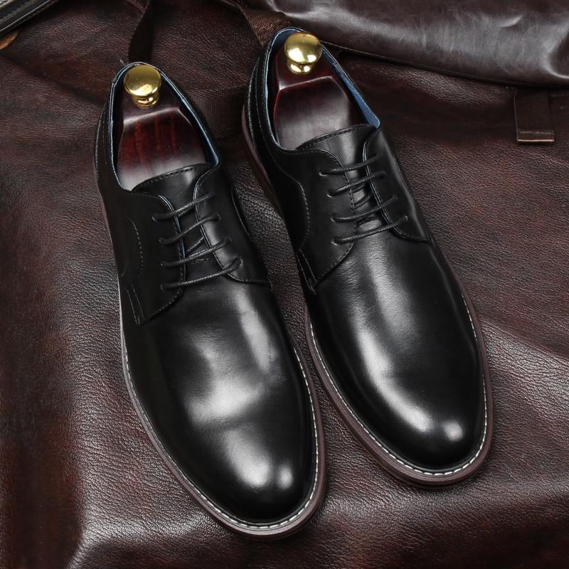 Style britannique hommes Goodyear chaussures en cuir à la main talon plat dentelle hommes chaussures d'affaires formelles