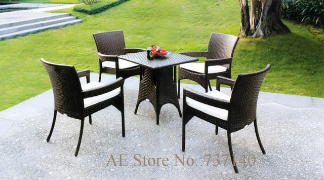 Venta caliente exterior muebles de mimbre del patio de mimbre mesa ...