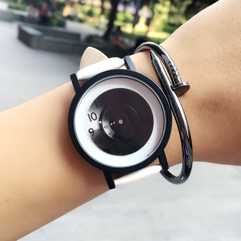 Fashion Turntable Creative Watches concept Simple Unisex Wristwatches Women Quartz Watch Men Student Casual Clock black