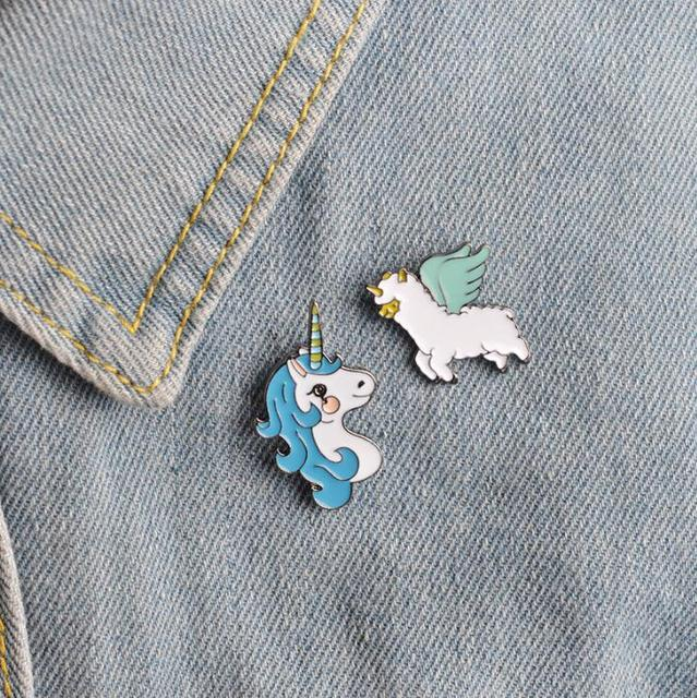 ShuangShuo Colorful Animal Enamel Pins Uincorn Horse Collar Brooch Jewelry Cute Horse Pins and Brooches for Women Lapel Pin Men