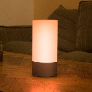 Image 2 - مي Mijia Yeelight الذكية أضواء السرير أباجورة 16 مليون RGB أضواء لمبة مكتب التحكم باللمس واي فاي بلوتوث لتطبيق Mihome