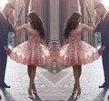 Vintage Lace Apliques Curto Vestidos de Regresso A Casa 2017 Nova Fora Do Ombro V Neck Rosa Árabe Disse Mhamad Festa Vestido de Cocktail de Verão