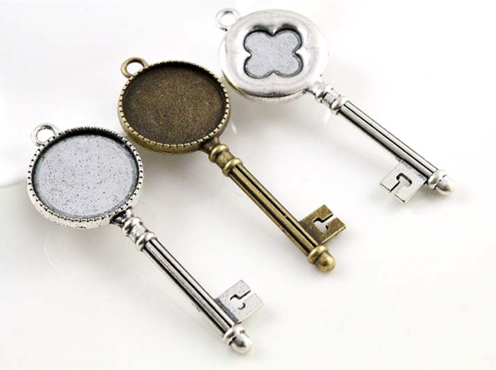 5pcs 20mm Inner Size Antique Silver And Bronze Cross Key Style Cabochon Base Setting Charms Pendant