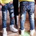 Jeans meninos Tigor Vestidos Longos primavera e outono parágrafo menino calças crianças selvagens elásticas do roupas grande B132