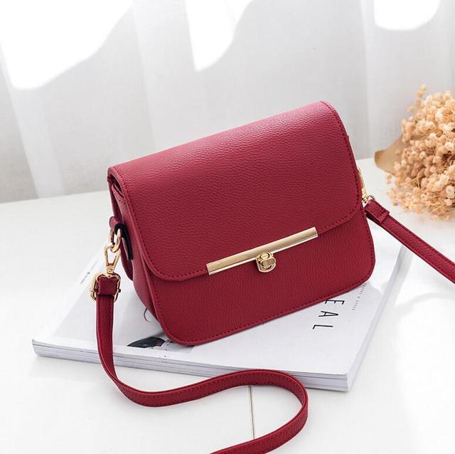 Elegant Crossbody Bag 3