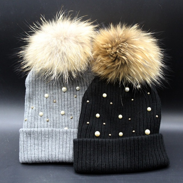 wholesale hand made crafted pom pom real raccoon fur hat super cute pearl knitted warm racccon fur hat sweet female cute hat