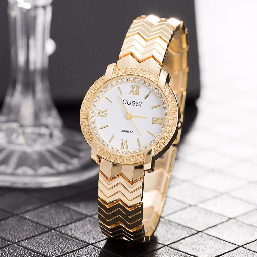 CUSSI 2018 שעונים נשים זהב גבירותיי יוקרה צמיד שעונים קוורץ שעוני יד reloj mujer איכות ואופנתית מתנת האהבה