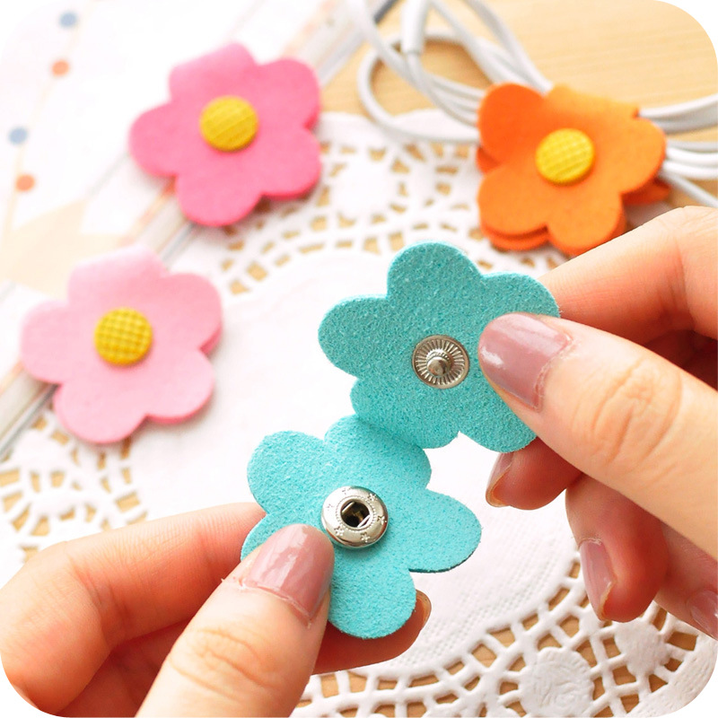 50pcs/lot New Daisy Button Earphone Cable Wire Organizer Headphone Cord Holder USB Charger Cable Winder For iphone samsung
