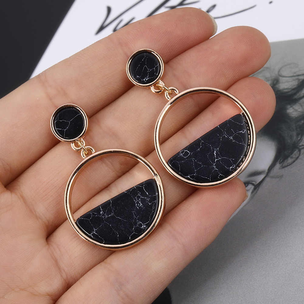 Handmade Fashion Simple Geometric Circular Stud Earrings Black White Marble Long Earrings Round Design Punk Ear Jewelry Brincos