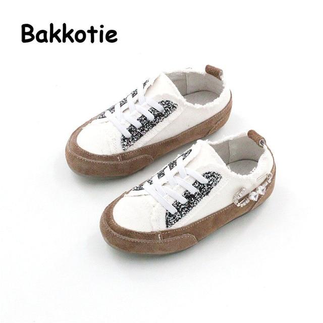 Bakkotie 2017 Mode Enfants Printemps Automne Bébé Garçon Casual Toile Blanc Chaussures  Enfant Marque Loisirs Sneaker 674e67df3fde