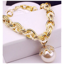 New Arrival Women Pearl Chain Chokers Necklaces Gold Color Gem Big  Pearl Pendant Collar Necklace For Women
