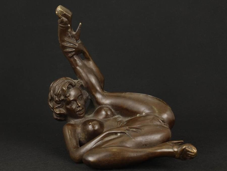 Exquisite Old Asian Copper Collectable Handwork Casting Sexy Belle Ornament Statue -5604