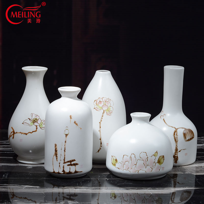 Chinese White Glaze Ceramic Vase Small with Fresh Dried Artificial flowers for Home Tabletop Living room Decoration Modern Style vase