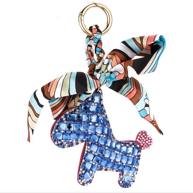 Idéias edição Han com broca Do cavalo lenços meninas sacos de presentes requintados atacado ornamentos carro da corrente chave