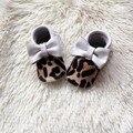La Impresión del leopardo Del Bebé mocasines Moccs Bebé Zapato de Bebé Blanco Genuino