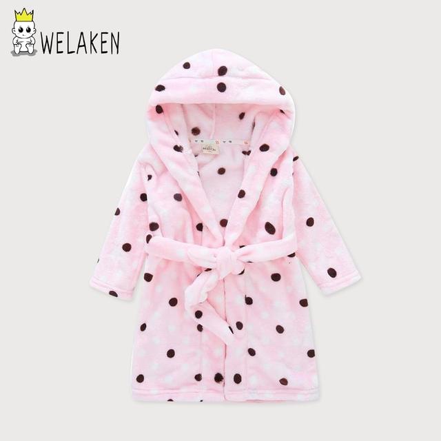 Novo 2-16 T Bebê Robe Polak Dot Toalha Meninas Meninos Pijama Sleepwear Flanela Roupão de banho para Crianças Rosa Azul Amarelo