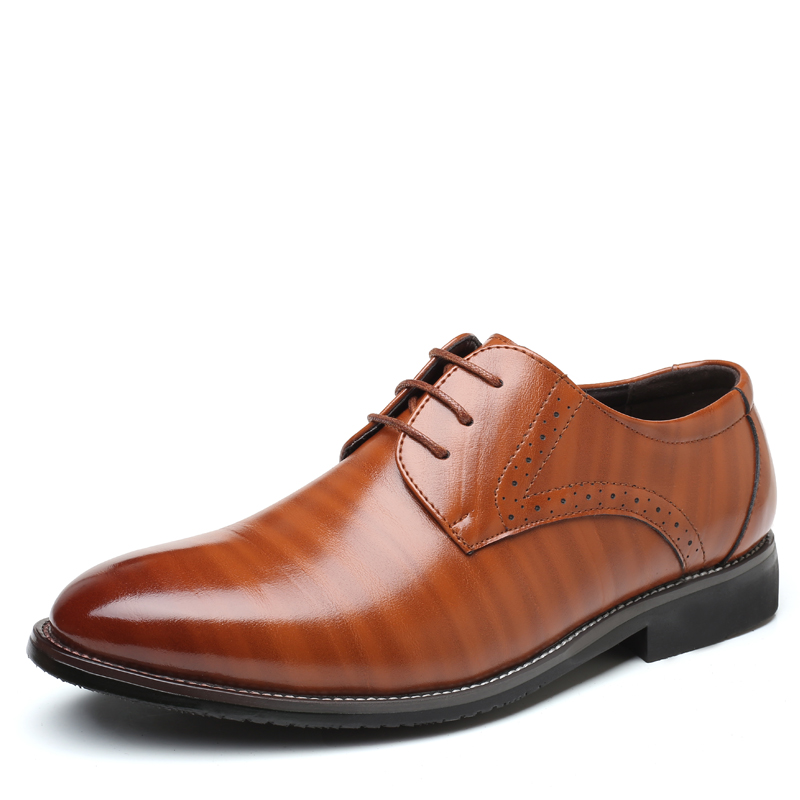 цены на High Quality Oxford Shoes Men Brogues Shoes Lace-Up Bullock Business Dress Shoes Male Formal Shoes Plus Size 38-47 в интернет-магазинах