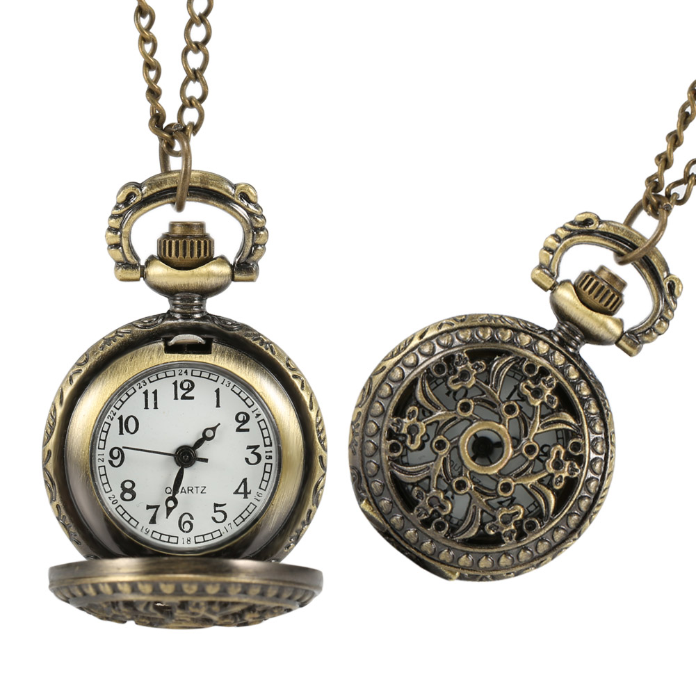 New Fashion Vintage Women Pocket Watch Alloy Retro Hollow Out Flowers Pendant Clock Sweater Necklace Chain Watches Lady Gift VN