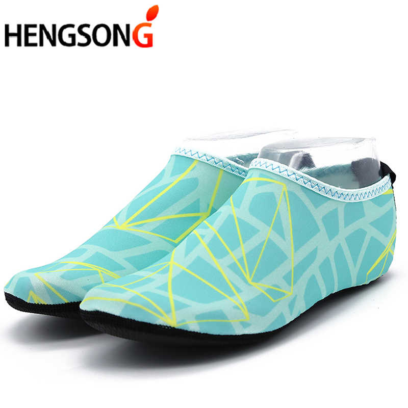 HENGSONG 2018 Zomer Platte Zachte Minnaar Ademend sandalias mujer Zwemmen Water Schoenen Vrouwen Strand Schoenen Volwassen Unisex Schoenen 40515