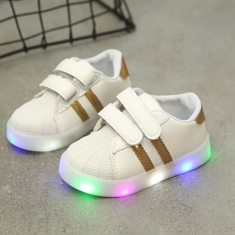 Kids Shoes With Lights New Spring Autumn Toddler Boys Glowing Sneakers Children Sports Shoes For Baby Girls Led Sneaker