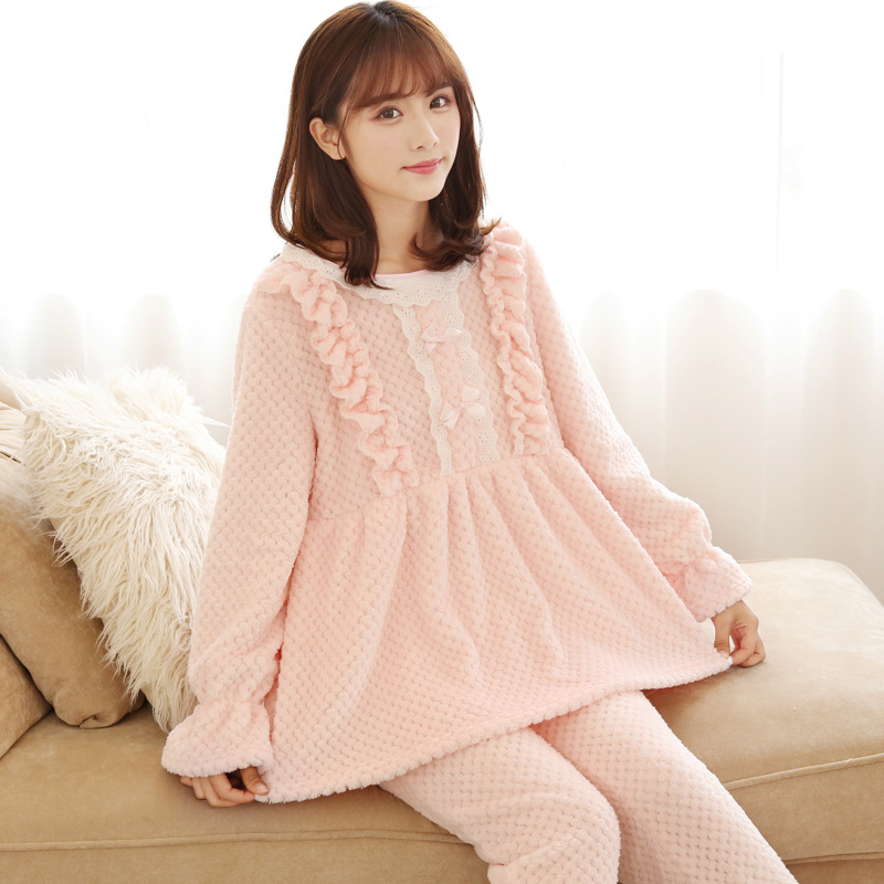 2017 new Coral Fleece Pajamas Sets Women's winter sweet thick long sleeved clothing models Home Furnishing lovely warm suit girl pajamas winter thickening increase down korean new pattern lovely cartoon child children home furnishing suit 2 pieces kids