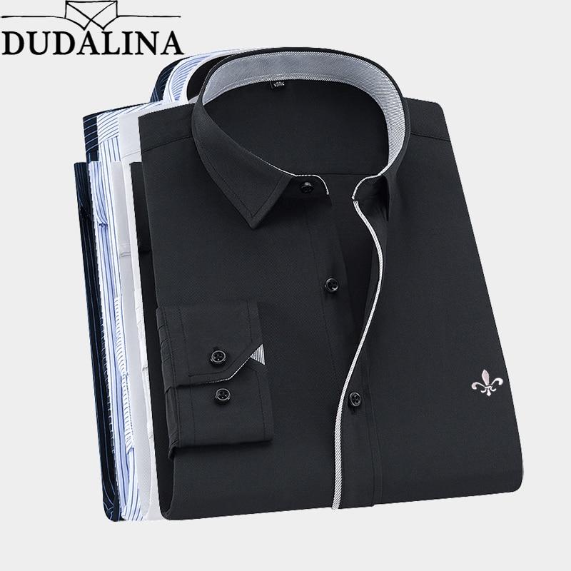 2020 Men Shirt Long Sleeved Camisa Social Masculina Classical Male Shirts Formal Business Shirt Man Embroidery Logo